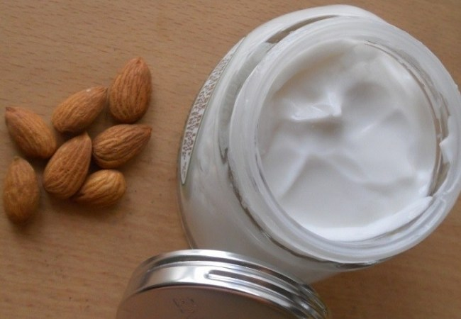 Almond Oil and Milk Cream to Lift Breast