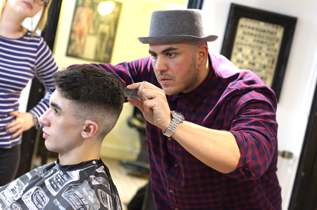 Top Barbering Colleges UK
