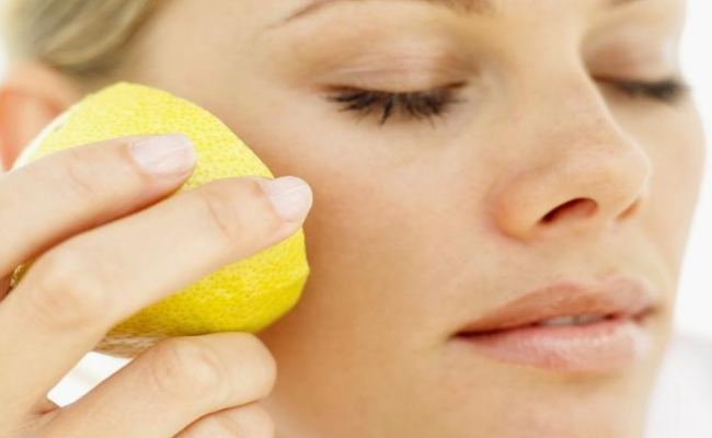 Lemon Juice for Bump or Acne
