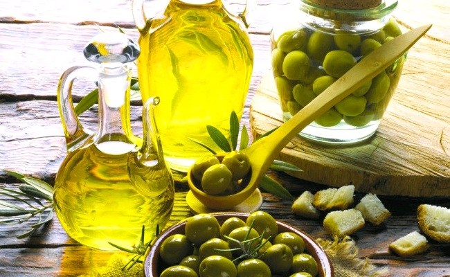 Extra Virgin Olive Oil for Knee Pain