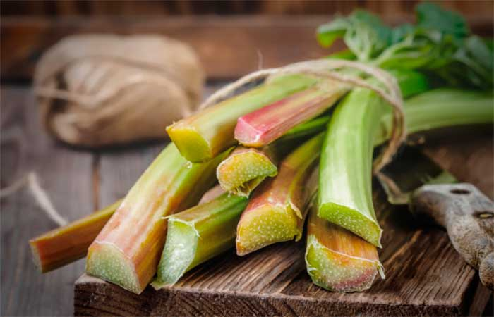 Rhubarb for Lighten the Unwanted Facial Hair