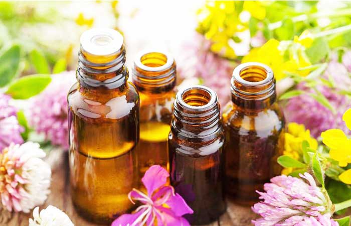 Essential-Oils-for-Eyes-Bags
