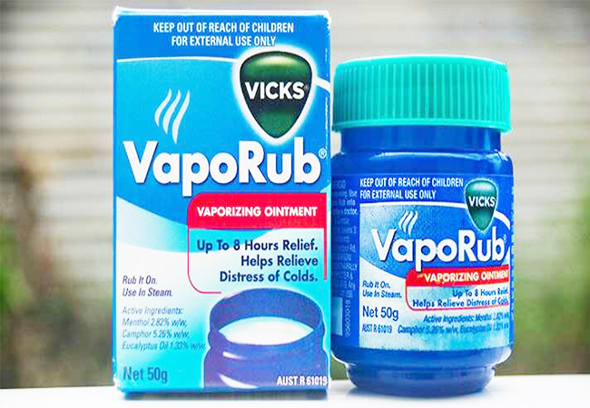 Vicks VapoRub to Unblock the Clogged Ears