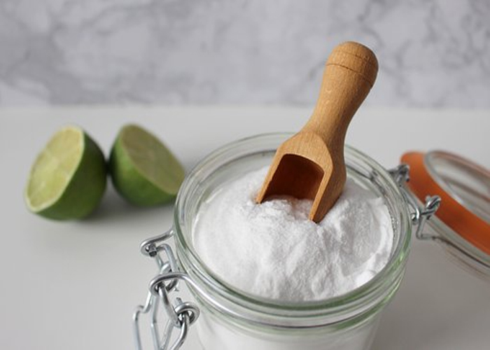 Baking-Soda-to-Get-Rid-of-Whiteheads