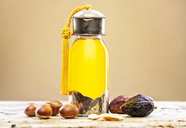Argan-Oil-to-Get-Rid-of-Skin-Pores