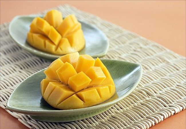 Mango-for-Healthy-Glowing-Skin
