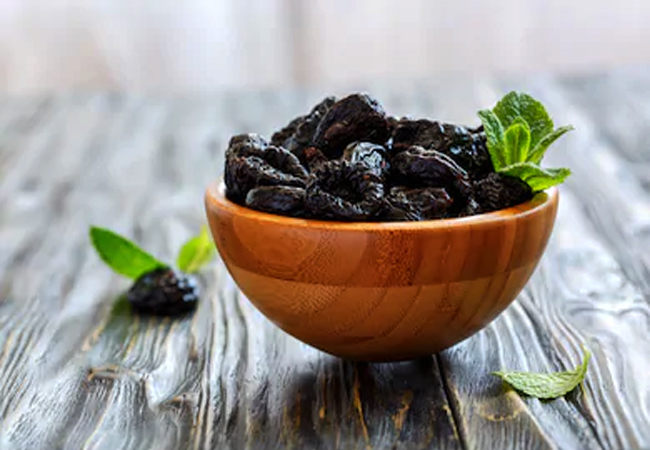 Prunes-for-Healthy-Glowing-Skin