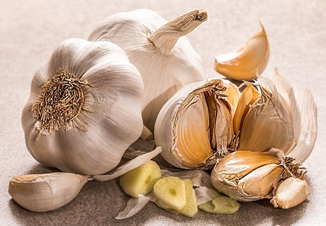 Garlic-for-Mouth-Ulcers