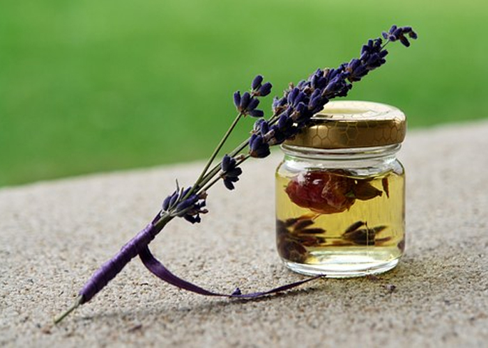Lavender Oil to Treat the Hormonal Imbalance