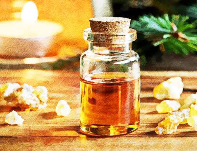 Frankincense-Oil-to-Treat-the-Skin-Cancer