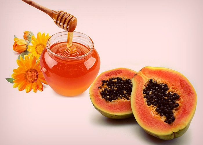 Papaya-and-Honey-Pack-for-Winter-Skin-Care